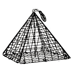 16IN PYRAMID COLLAPSIBLE CRAB TRAP