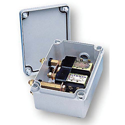 WATERTIGHT UP/DOWN CONTROL BOX (PM)